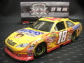 """Action 1/24 ダイキャストモデル  ◆#18 KyleBush """"SNICKER/PeanutButter Squared""""   2011 TOYOTA CAMRY 人気モデル◆待望の再入荷!"""