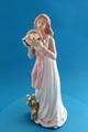 ポーセリン人形 花かごと女性
