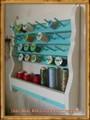 スプールスタンド(糸たて)最大56個収納可能!!アンティーク調ハンドメイド木製、壁掛けタイプ(ワイド:42cm)