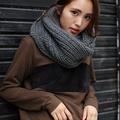 ざっくりボリューム編みが可愛いニットスヌード