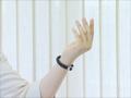 健康ブレスレット 手首用布製ブレスレット・脱着器付)(黒)