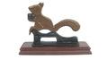 Nutcracker Squirrel:クルミ割り器 リス