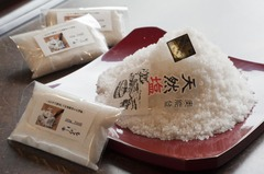 四季味亭ふじやで使用している奥能登の天然塩