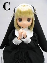 ちっちゃなもこちゃん ミッション系ロリータ制服(黒服、金髪)