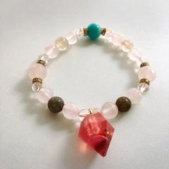 ジュエル型オルゴナイト(ピンク)つき天然石ブレスレット