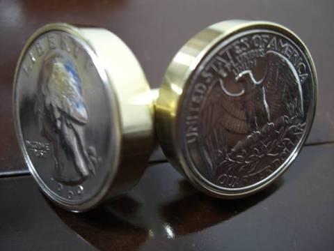 真鍮「ブラス」製25¢コインボルト®