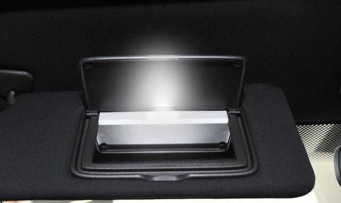 NISSAN GT-R 専用!! LED(SMD5050) バニティ(バイザー)ランプ/GTR R35(2015〜)
