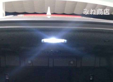 LEXUS RC350/300h/200t/F専用 High Lumen SBSMDトランクルームランプ!! AVC10/GSC10/ASC10/USC10