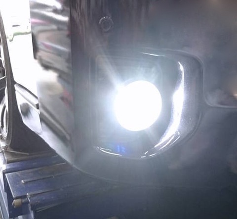 200系ハイエース 3型後期・4型/LEDフォグランプ(PSX26W)/KDH・TRH2##系(H24.5~)