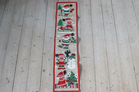 クリスマスモチーフの麻のプリントクロスタペストリー