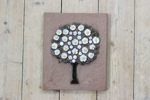 Jie Gantofta(ジィ・ガントフタ)GABIデザイン白い花の木の陶板(M)