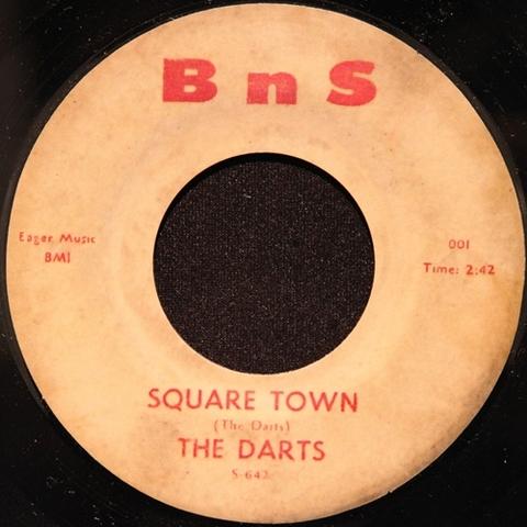 "DARTS / SQUARE TOWN (7"")"