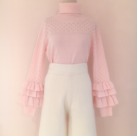 Lacy Frilled Knit