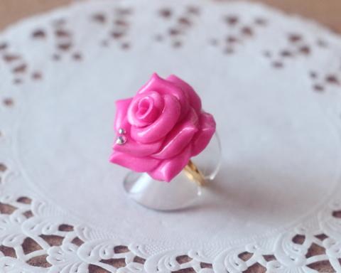 ゴシック薔薇リング(ピンク)