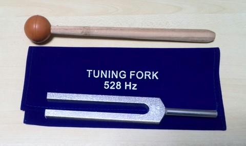 528 Hz MI DNA Repair Tuning Fork (インド製)