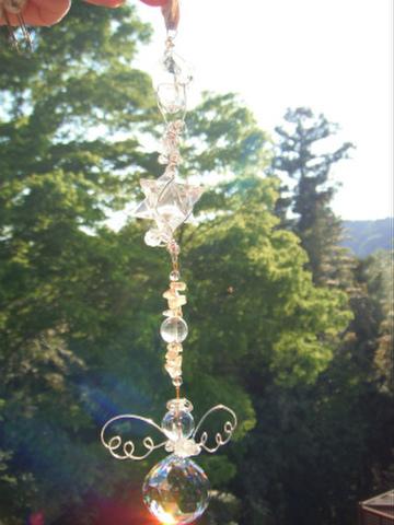 ドライゴーニックダブルポイント水晶とマカバスター水晶、ヒマラヤ水晶のまんまる天使のサンキャッチャー