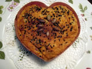 りんごとサツマイモのケーキ(骨型クッキー付)