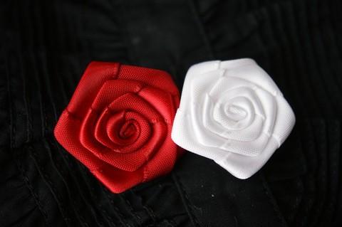 巻き薔薇 直径3cm