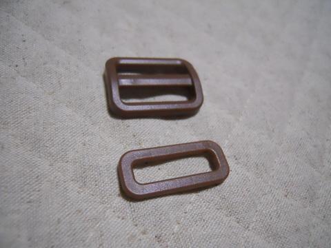 25ミリ幅プラスチックパーツ 茶色1組