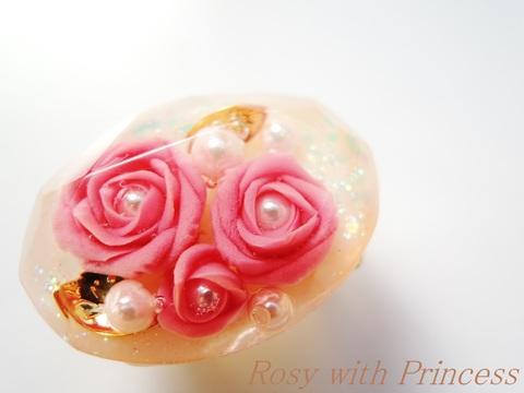 薔薇の宝石の帯留(ワイン、オーバルカット)