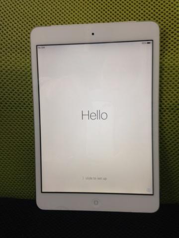 iPad mini 32GB au【送料無料】