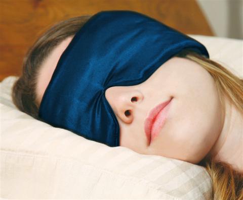 快眠を望むあなたに!音・光を軽減:アメリカ特許取得済み スリープマスター!